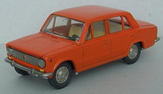 221. Fiat 124 1